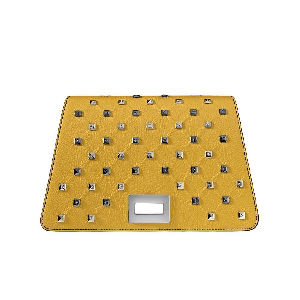 Bellamì patta in pelle con applicazioni piramidali giallo ocra